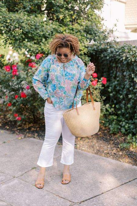 Happy (long) weekend!  I'm loving this floral blouse SO much. This beauty is perfect for summer. Fit is TTS!  And, these white jeans are my FAVEEEE!  They fit TTS, too! 💕💓🌸 http://liketk.it/3gjbB #liketkit @liketoknow.it Follow me on the LIKEtoKNOW.it shopping app to get the product details for this look and others