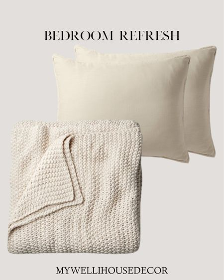 Bedroom refresh as simply as new bedding and pillows   Home decor, linens, pillows, throw blanket, bedroom, farmhouse decor, target finds   #LTKunder50 #LTKunder100 #LTKhome http://liketk.it/36hm6 #liketkit @liketoknow.it