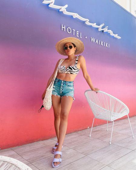 @liketoknow.it #liketkit http://liketk.it/3ekPp vacation outfit #LTKshoecrush #LTKtravel #LTKunder100