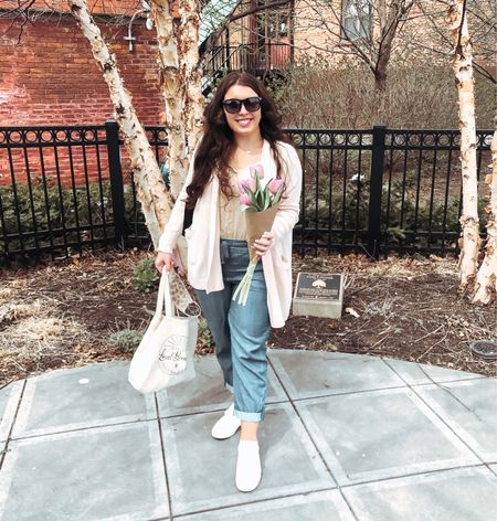 Spring is here to stay ☀️ You already know I had to pick up some tulips after brunch this weekend🌷 Can I also just say how happy I am that we can spend Sunday afternoons at the farmer's market and brunch again 🥰  #LTKstyletip #LTKSeasonal #LTKsalealert