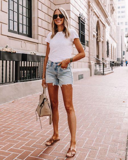 Fashion Jackson wearing denim shorts, jean shorts, cutoff shorts, white T-shirt, sandals, sunglasses, summer fashion http://liketk.it/2QF6W #liketkit @liketoknow.it #LTKstyletip #LTKspring #LTKshoecrush #LTKunder100 #LTKunder50