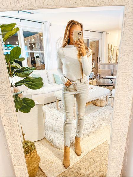 Love a monochromatic look for fall. Head to toe gray from Express 🙌🏼  Top: XS Jeans: 2  #LTKshoecrush #LTKSeasonal #LTKunder100