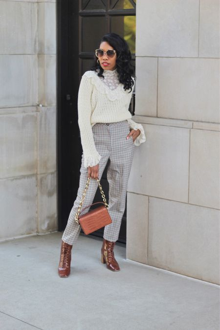 Mixed fabrics, textures, prints equals details for me. I love a good blend between multiple fabrics. Happy Monday love bugs.
