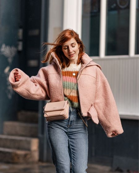 Lovable pink 🌸💗 calling for spring now on styletraces.com ☺️ in the latest favourite combo of jumper & jeans Shop your screenshot of this pic with the LIKEtoKNOW.it app @liketoknow.it http://liketk.it/2Arrl #liketkit @liketoknow.it.europe #LTKeurope