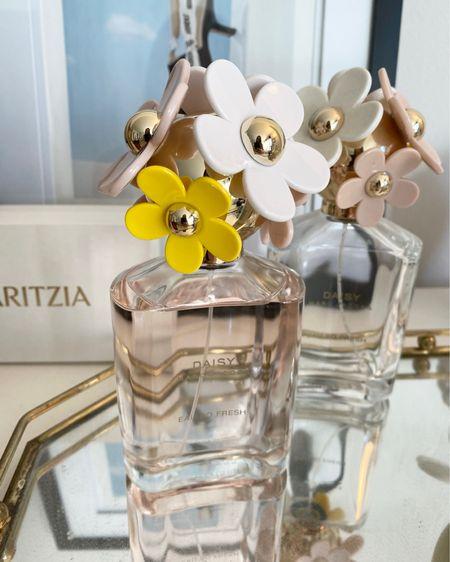@liketoknow.it #liketkit http://liketk.it/3cV4B #LTKstyletip #LTKunder100 #LTKbeauty my go-to for spring/summer fragrance!!🌸