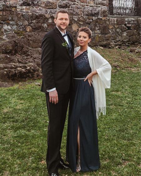 Bridal Party with my husband #couplegoals   http://liketk.it/3cYCo #liketkit @liketoknow.it #LTKbeauty #LTKwedding #LTKstyletip