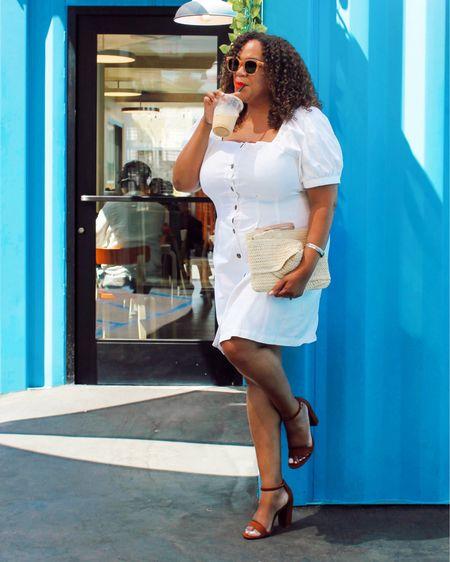 Always looking for coffee ☕️ shops!  Went to the cutest coffee shop @playdrinkcoffee the other day! The coffee was fantastic & it's  built from repurposed shipping containers - so cool.   My dress is from @whowhatwearxtarget in a size large. Clutch & heels are also from Target. Linked in my LIKEtoKNOW.it - go to the link in Bio. http://liketk.it/3jSc6 #liketkit @liketoknow.it  ——————————————————————————— Siempre buscando cafeterías ☕️!  ¡Fui a la cafetería más linda @playdrinkcoffee el otro día! El café fue fantástico y está construido a partir de contenedores de envío reutilizados, muy bueno.  Mi vestido es de @whowhatwearxtarget en talla grande. El bolso y los tacones también son de Target. Vinculado en mi LIKEtoKNOW.it: vaya al enlace en Bio.