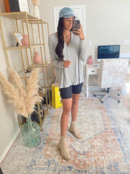 S top and bottom, 8 boots.   Nsale, Nordstrom sale, aerie henley, biker shorts, baseball cap