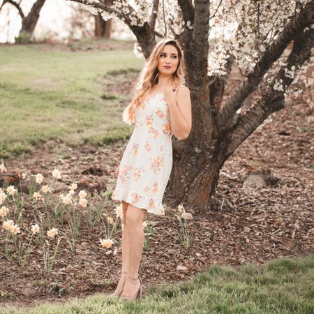 Spring dress #springwear #dress    #LTKfamily #LTKSeasonal #LTKunder50 http://liketk.it/3e4x2 #liketkit @liketoknow.it