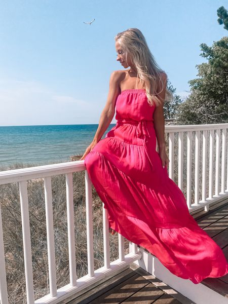 """""""You never know how strong you are, until being strong is your only choice."""" - Bob Marley   Shop multiple colors in this beautiful dress found at @shopreddress. Linked in bio with @shop.ltk   #rdbabe #rdstyle #summerdresses #summerstyles #manistee #lakemichigan #beachhouse #michiganblogger   #LTKstyletip #LTKbeauty #LTKunder100"""
