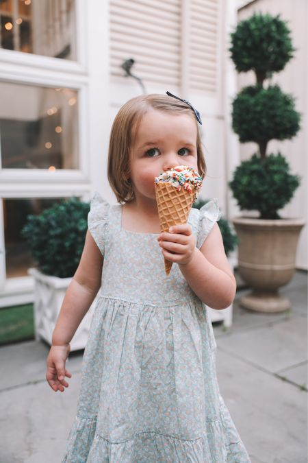 Is there anything cuter than the Larkin Girls and ice cream?! Introducing Favorite Day, @Target's new line of ice cream, created to help us celebrate moments while recharging and reconnecting with those we love. It's absolutely delicious and no one in the fam can get enough! More on the blog; link in profile. You can also shop via: http://liketk.it/3jsLM #liketkit @liketoknow.it #TargetPartner #FavoriteDay #Target