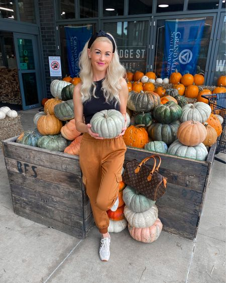 Brandon took me to stock up on pumpkins 🎃 and gords because T-MINUS one week until we move ourselves in and get to work! 💪🏼🔨🏠 @liketoknow.it http://liketk.it/3p2Ao #liketkit #LTKhome #LTKSeasonal #LTKunder100