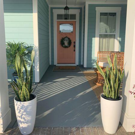 Front porch decor, sleek planters, door meat http://liketk.it/3csGz #liketkit @liketoknow.it