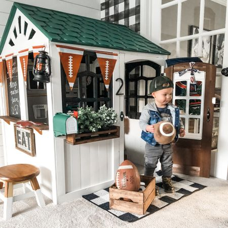 Super bowl party at our (play)house!🏈  Guess what? Boys need playhouses + kitchens, too! Playhouses can open a child's imagination to create their own little world, where their independence & imagination can soar.   My vision for the boys' playhouse was all over the place, but I (finally) decided on a simple modern farmhouse feel to match their playroom. Details on how it all came together over on the blog (& my stories)☺️ Check it out by going to the link in bio.   #playhouse #playhouseReno #playhousemakeover #modernPlayhouse #boymom #boyPlayhouse #superbowlweekend #kidkraftkids #kidkraftToys #kidkraft #DIYplayhouse #playhouseremodel http://liketk.it/37GKW #liketkit @liketoknow.it #LTKkids @liketoknow.it.home