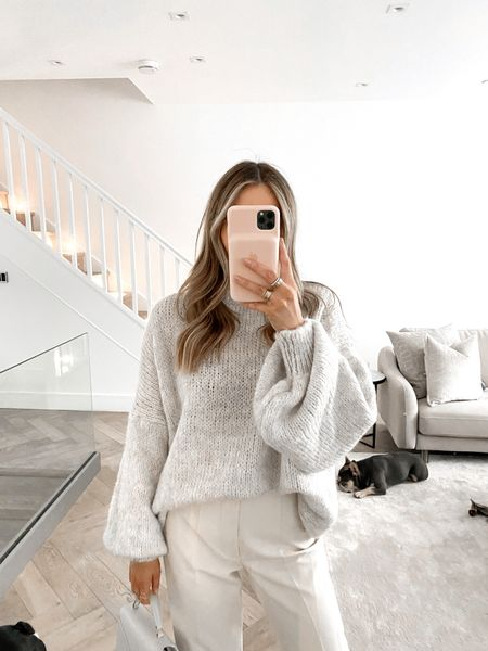 Knitwear day 🤍 This is the most beautiful knit piece everrrrr wow