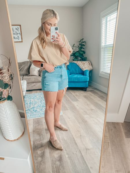 The most chic tee & best jean shorts! The perfect mules for summer!  Top: wearing a S  Shorts: 27  Shoes: 7.5   http://liketk.it/3gKWl @liketoknow.it #liketkit #LTKshoecrush #LTKworkwear #LTKunder50