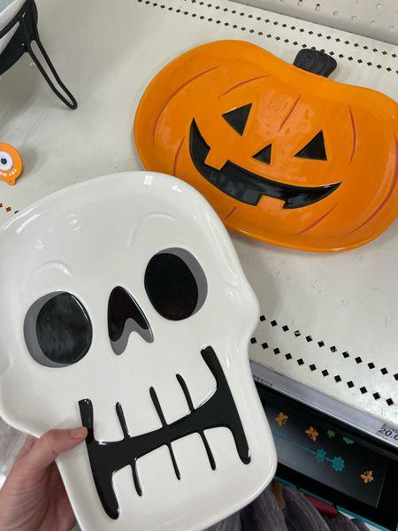 Adorable Halloween platters 🎃! $15  #target #targethome #targetdecor #halloweendecor #halloweenpartydecor   #LTKSeasonal #LTKHoliday #LTKhome