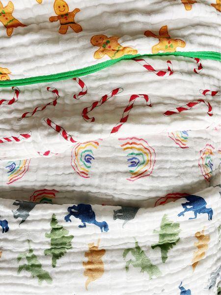 The cutest & softest baby Muslim blankets!