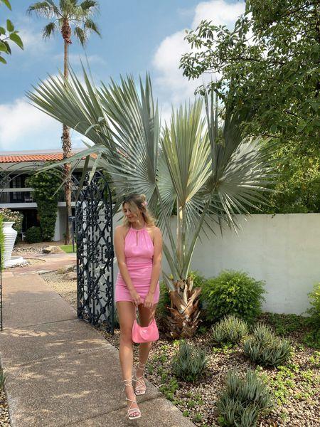 pink halter dress 💗