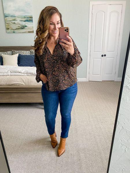 Evereve New Arrivals | Blouse tts, L // Jeans tts, 12 // Booties size up 1/2  Evereve  Jeans Fall  #LTKstyletip #LTKsalealert #LTKcurves