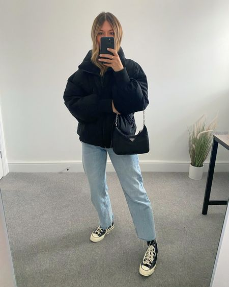 10 Pinterest inspired AW outfits 👉🏼  I'm always on the look out for outfit inspiration and @pinterestuk is one of my go-to places to search for outfit ideas.  Here are 10 outfits I've recreated using clothes I already own in my wardrobe.  7. Puffer coat, jeans and converse   #LTKunder50 #LTKstyletip #LTKeurope