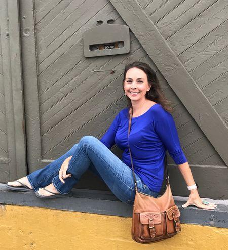 Hanging out in downtown Portland http://liketk.it/2wfBu #liketkit @liketoknow.it Shop my daily looks by following me on the LIKEtoKNOW.it app