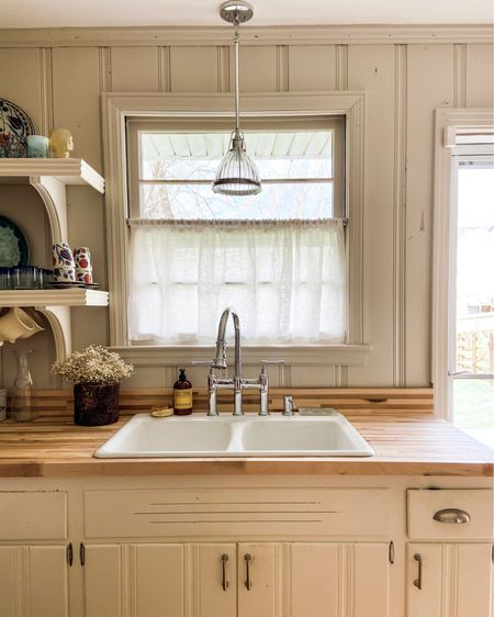 I am loving if the upgrade this faucet made to my sweet kitchen sink! http://liketk.it/3bgPF #liketkit @liketoknow.it