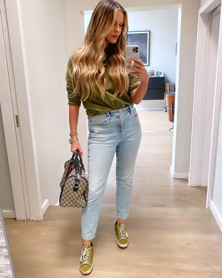 Friday errands #OOTD // Sweatshirt comes in 5 colors & I sized up to a large // Good American Classic jeans run TTS // http://liketk.it/3alIE #liketkit @liketoknow.it #LTKstyletip #LTKunder100 #LTKunder50