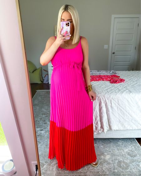 Color block maxi dress! Vacation dress, travel style, vacation style, beach outfit KELSIE15 for 15% off  http://liketk.it/3gC5Z @liketoknow.it #liketkit