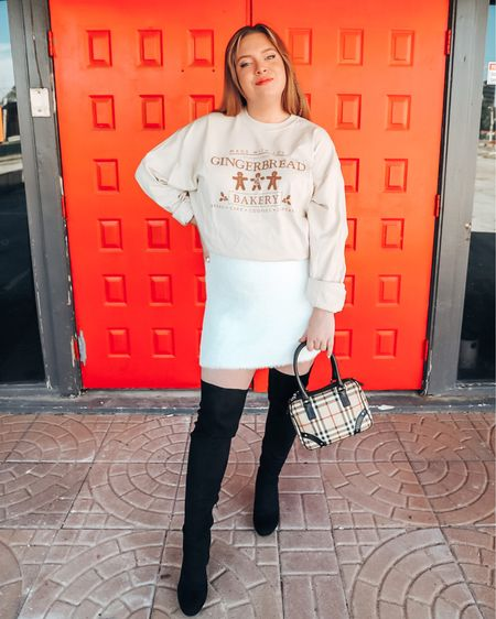 Gingerbread cookies but make it street chic 👏🏻  🔸🔸🔸🔸🔸 I try to keep my shopping tips limited this season because I recognize we all have different budgets. That said — a small biz I'm a big fan of is @unitedmonograms !  I wanted to take a second to let you know if you're a monogram fan and have been digging their pieces — the last day to order for Christmas shipping is today!   🔑 This tee is gifted, but I've spent my money there before and never regretted giving them my business!   Check out my LIKEtoKNOW.it to shop this one easily now 🎁    #WinterOutfit #WinterOutfits #UnitedMonograms #HolidayOutfits #ChristmasOutfit #Christmas2020 #Holidays2020 #HolidayStyle #StyleWatch #StyleAdvice #SouthernStyle #TexasBloggers #Monogrammed #OverTheKneeBoots #OverTheKnee #OTKBoots #ChristmasInspiration   #LTKcurves #LTKsalealert #LTKgiftspo