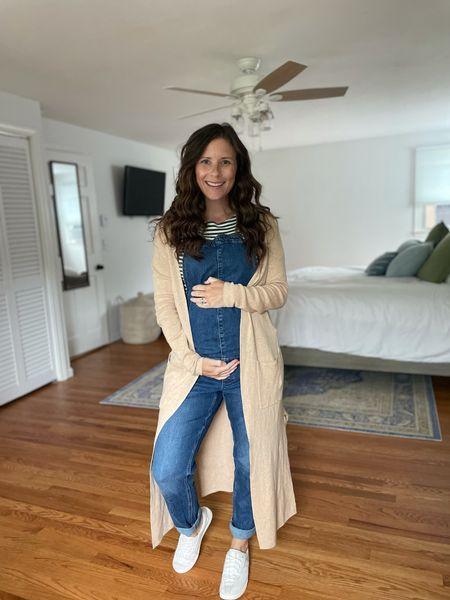 Maternity Overalls - Fall style - fall bump friendly fashion   #LTKSeasonal #LTKunder50 #LTKbump