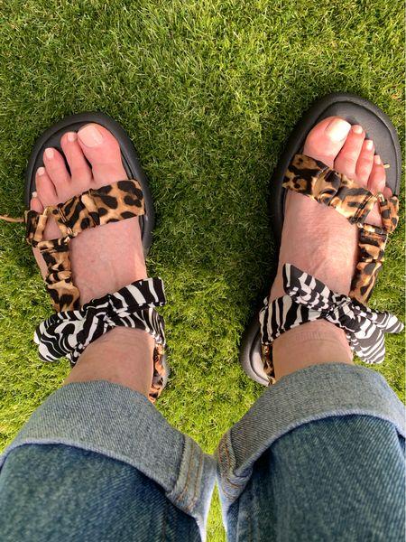 Just arrived ! Now these won't leave my feet! Very comfortable!    River Island  black & animal print bow sandal.  Animal print Open toe Bow design Chunky footbed sandal   #LTKeurope #LTKshoecrush #LTKunder50