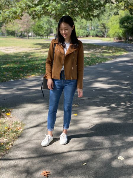 Hello October and jacket weather! 🍂 Review and measurements of this petite friendly faux suede moto jacket (XSP) is now on www.whatjesswore.com! Thanks for reading! It's currently 48% off + an extra 10% off with the codes POP48 + POPUP @anntaylor. @liketoknow.it http://liketk.it/2FrXR #liketkit Ann Taylor #LTKsalealert #LTKshoecrush #LTKstyletip #LTKunder50 #LTKunder100 #thisisann