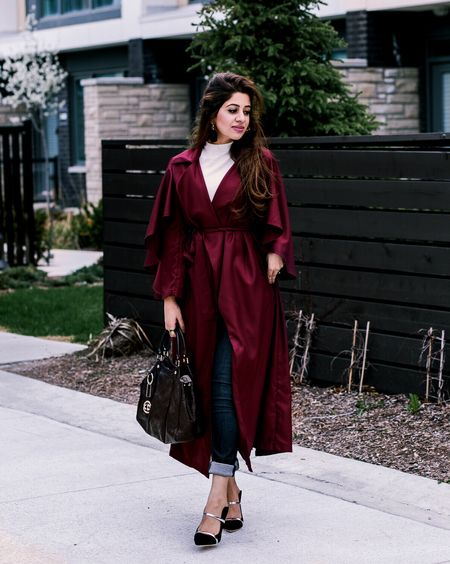 I got tempted when I saw this beautiful burgundy color of this trench coat and added it to my Spring collection. Can't deny, I'm leaving it behind as I head to Houston Texas for the weekend. Full look on 👉🏻#SMMarina  http://liketk.it/2rg0G #liketkit @liketoknow.it