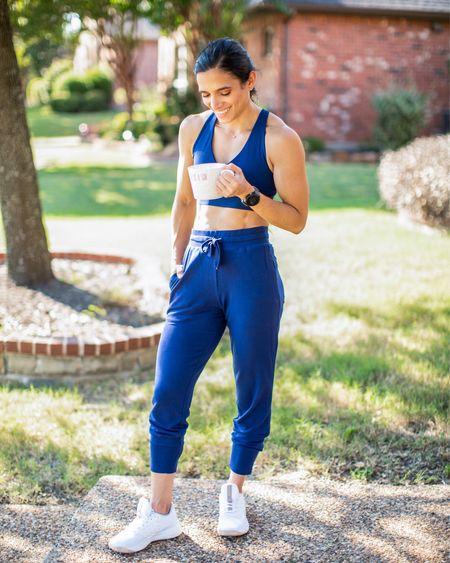 #workout #workoutoutfit #jogger #loungewear #sportsbra   #LTKunder100 #LTKfit