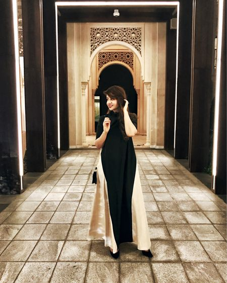 It's spring time or at least everywhere else but Toronto 🐣 I wore this loose fit maxi dress from @sheinofficial when I went for my hubby's birthday to @nusr_et steak house (definitely a must try if you're visiting Dubai). The food tastes a little too good, the infrastructure is unreal and the women are definitely mesmerizing there. You've really got to flaunt your fashion sense in Dubai - just saying 🤷🏻♀️ #SMMarina #mydubai   http://liketk.it/2r1Vz @liketoknow.it #liketkit