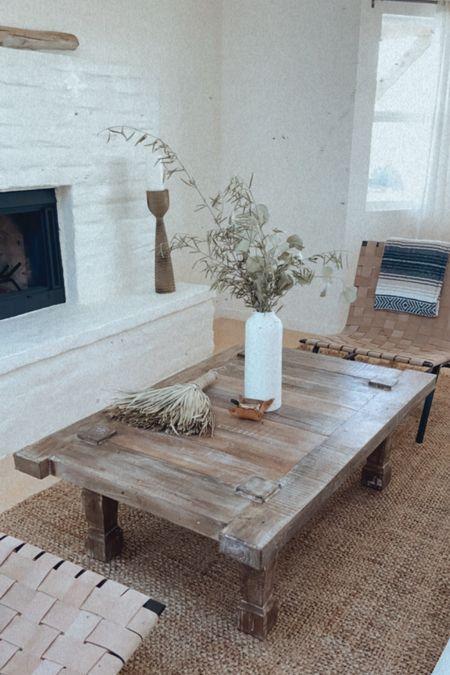 Living room decor, modern farmhouse decor, coffee table   #LTKsalealert #LTKhome #LTKHoliday