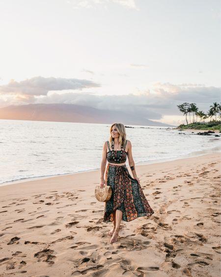 This two piece set is 🙌🏻 absolutely perfect for my Hawaiian luau! @liketoknow.it http://liketk.it/2CGya #liketkit #LTKtravel #LTKstyletip #LTKunder100 #LTKitbag #LTKunder50 #LTKswim