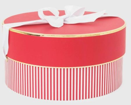 Wrapped in red ❤️ http://liketk.it/346t7 #liketkit @liketoknow.it