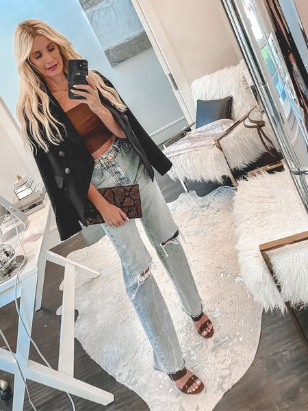 Seriously the coolest jeans EVER and you won't believe the price!! They remind of Moussy jeans because of the vintage wash and the slimming fit yet they're a fraction of the price! They run tts, I'm wearing a 0 R.   #LTKunder50 #LTKstyletip #LTKunder100