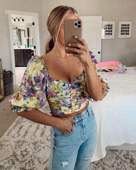 Revolve try on haul with floral tops, crop tops, jeans, wedding guest dresses, maxi dresses, Midi dresses, mini dresses, floral dresses, one shoulder dresses, cute outfits for spring and summer, wedding dresses, and more all linked here! Xsmall in everything!! @liketoknow.it #liketkit @SheaLeighMills #LTKtravel #LTKstyletip #LTKunder100 http://liketk.it/3gLbd