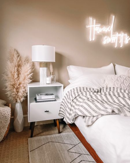 Extra cozy master bedroom 🤍 home decor from Walmart, Target and Amazon linked! http://liketk.it/3bn0D #liketkit @liketoknow.it #StayHomeWithLTK #LTKhome #LTKSpringSale #bedroom #bedroomdecor #masterbedroom #homedecor #walmart #target #amazon #amazonhome