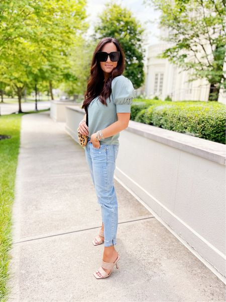 I'm on the blog today with @gap sharing two amazing pairs of denim for fall! The quality, the fit, the feel….all so so good and perfect for any body type, shape or size. Especially the skinny jeans, the stretch on those is perfection! I'll share a little try on in stories today too, so stay tuned! #sponsored #gap    #LTKsalealert #LTKunder100 #LTKstyletip