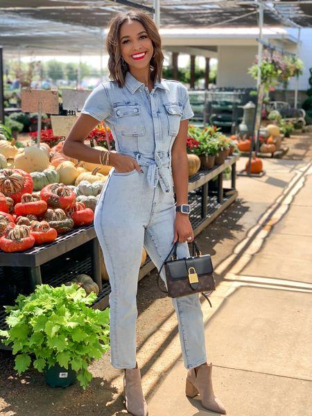 Good American denim jumpsuit  Wearing a 0   #LTKSeasonal #LTKcurves #LTKstyletip