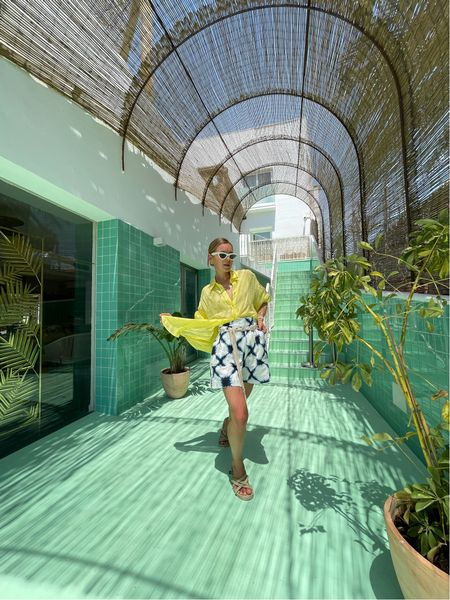 Summer Color #shorts #bermuda #massimodutti #celinesunglasses #sunglasses #linen #linenshorts #shirt #nomadicstateofmind   #LTKSeasonal #LTKswim #LTKunder100