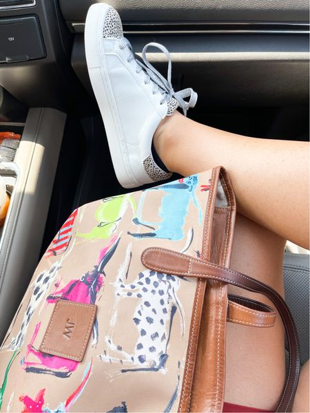 Everyday basics! I think it's time to snag this bag in a fall print. 🤩  #LTKstyletip #LTKshoecrush #LTKitbag