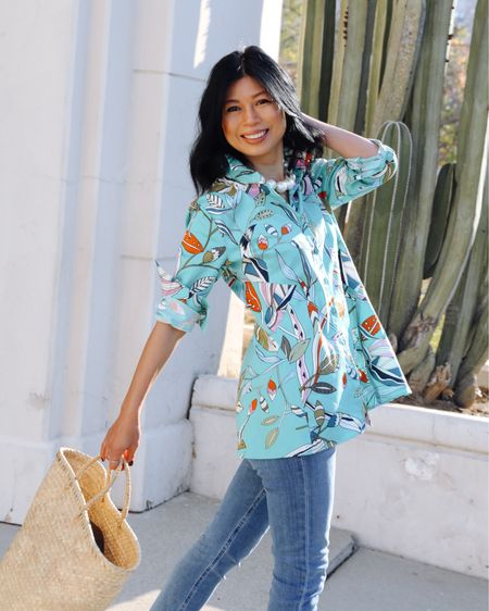 As I'm transitioning slowly to go back to the office, I'm looking to add some botanical tops to my  arsenal that can easily transition from at work to going out and this @nicandzoe whimsical flora with a light stretch-cotton blouse is quickly winning me over.  Follow me on the LIKEtoKNOW.it  @liketoknow.it shopping app to shop for this outfit and more at http://liketk.it/3dRZ9 #liketkit #LTKunder100 #LTKstyletip #LTKworkwear