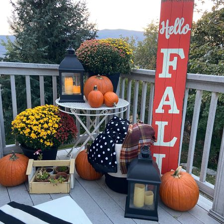 """Hello October🍁🍂🎃 MY BIRTHDAY MONTH 🍁 🍂 This month I will be sharing ALL my Favorite things and FALL of course ❤️🍁🍂❤️🍁🍂 🍂 🍁 It's nothing New that I adore All things Fall🍁 From home decor, to the yummy food, cozy clothing and the fab weather✔️ This year I decided to decorate our back porch. If you watch my stories you know we sit back here quiet often. It's perfect for morning coffee, afternoon cocktails and evenings taking in the stars. You would have also caught my hubby surprised me with these loungers, which inspired me to decorate for Fall. What a better way to enjoy my new loungers and all the feelings of Fall.🍁🍂  We don't sit in our entry/front door area, therefore I don't truly get to enjoy the decor that our guest see. (I'll show you that next week!) I encourage you to decorate your back porch and see how much joy it brings you:)  I have linked everything you need here to make your outside spaces ( front or back) cozy and all things Fall 🍁🍂  Download the LIKEtoKNOW.it shopping app to shop this pic via screenshot http://liketk.it/2XMgG #liketkit @liketoknow.it Shop your screenshot of this pic with the LIKEtoKNOW.it shopping app   🍁 🍂 Do you decorate both your porches? Only your entry/front porch?  🍁 🍂 I started a NEW """"ThRifty Thursday"""" in stories👆🏻👆🏻 Every Thursday I'll be sharing Items I love and have Purchased That are on SALE🎉 """"Thrifty Thursday's"""" Make sure to check it out.... TODAY's DEALs are some really great one🎉✔️🎉✔️🎉✔️ 🍁 🍂 I'd love it if you followed me over on @liketoknowit my link is in bio👆🏻👆🏻👆🏻👆🏻👆🏻👆🏻👆🏻 Helps me share all the things I love, clothing, home decor and makes it easy for you to shop it😘 . . . . . .  #LTKunder50 #LTKstyletip #LTKhome #ltkfall #ltkfalldecor #porchdecorating #falldecor #utahstylist #utahblogger #utahhome #falllover #blackandwhitedecor #instadecor #instafall"""