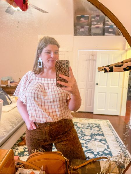 """This last minute comfy top addition to my shopping cart is already turning out to be my most worn piece from my recent Madewell haul! Jeans are from last year but I love the cut & it comes in an antique green color that I'm about to purchase as well.  New Anthro rug finally arrived…and do you see our new bedroom color?! 👀 It's the softest, lightest pink and it's called """"intimate white"""" by Sherwin Williams. We're both obsessed!  Also got a new duvet cover to tie it all together 🙌  #LTKunder50 #LTKhome #LTKcurves"""