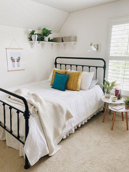 Fall decor // teen bedroom ideas   #LTKfamily #LTKunder50 #LTKhome